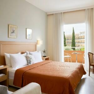 Стандартный двухместный номер с 1 или 2 кроватями с видом на сад